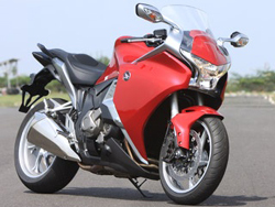 Honda VFR 1200F Motor Cycle Price in India